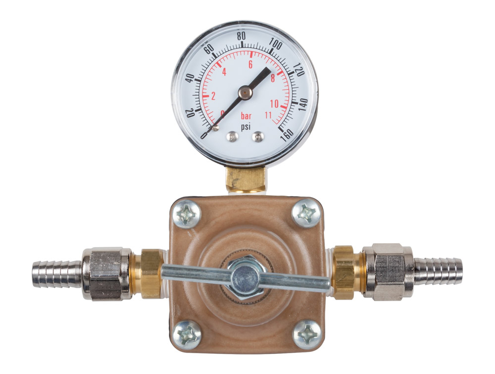 Water Pressure Regulator with Dial (front)