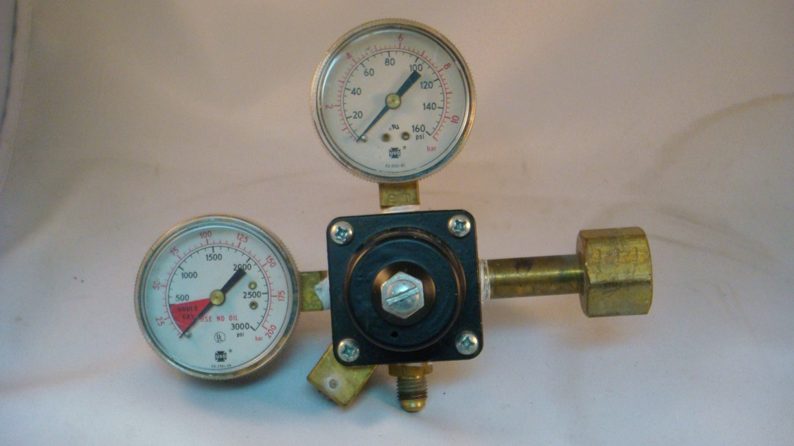 Dual Gauge Primary Regulator (USED)