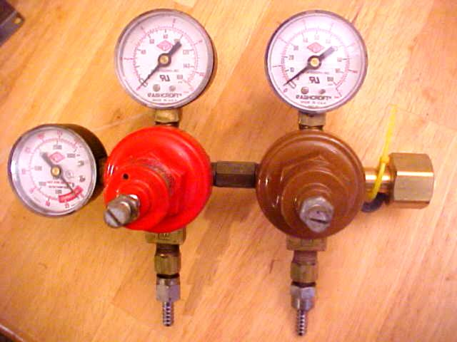 Triple Gauge Regulator (USED)