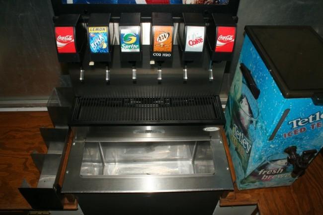 6-Flavor Sidewinder Drop-in Soda Fountain (close)